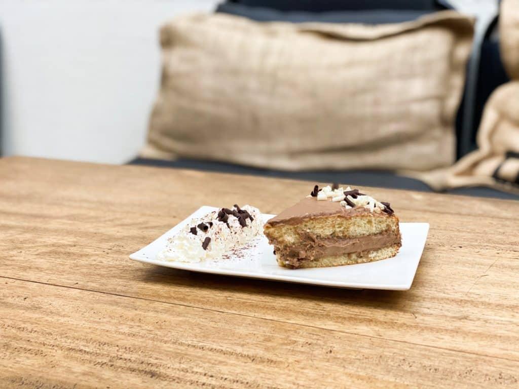 img 9179 jpg - Le gâteau de la semaine - Génoise ganache chocolat !