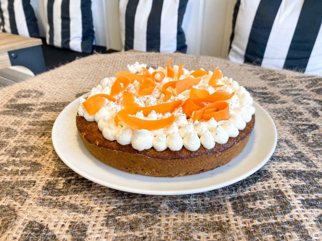 EA0BCF6E 8E9E 4A36 817A 9606D7661F1B - Le gâteau de la semaine : LE CARROT CAKE !
